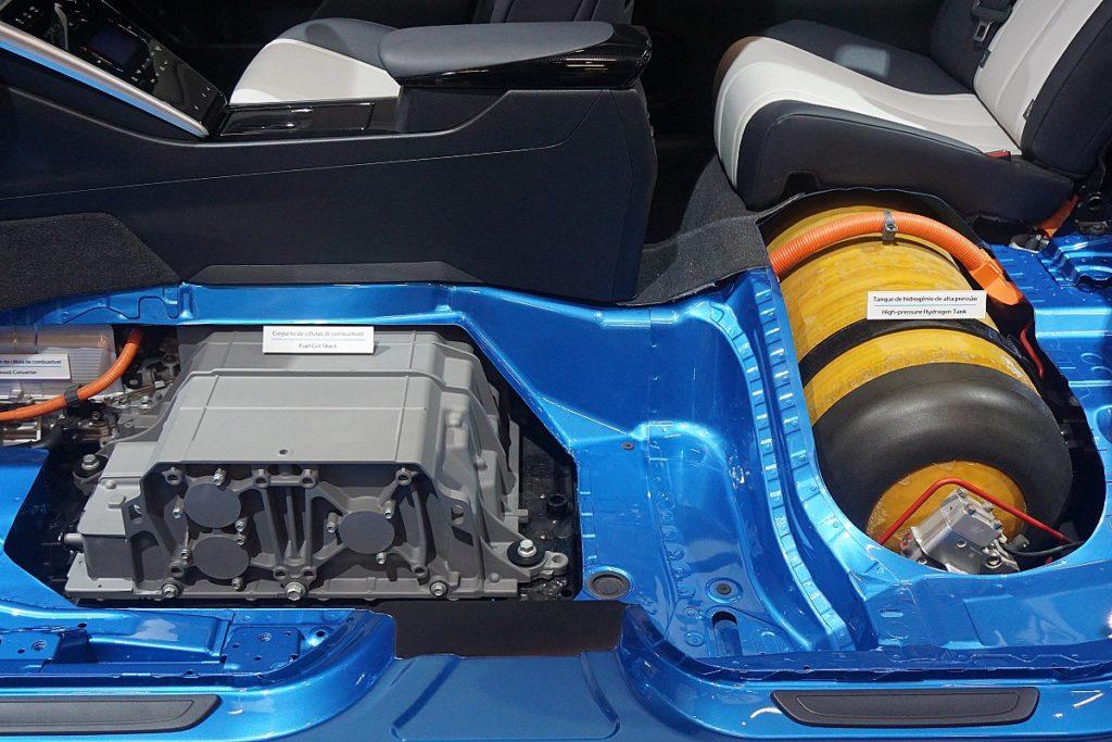 auto elettrica auto a idrogeno