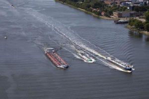 Barche in navigazione