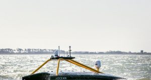 catamarano elettrico