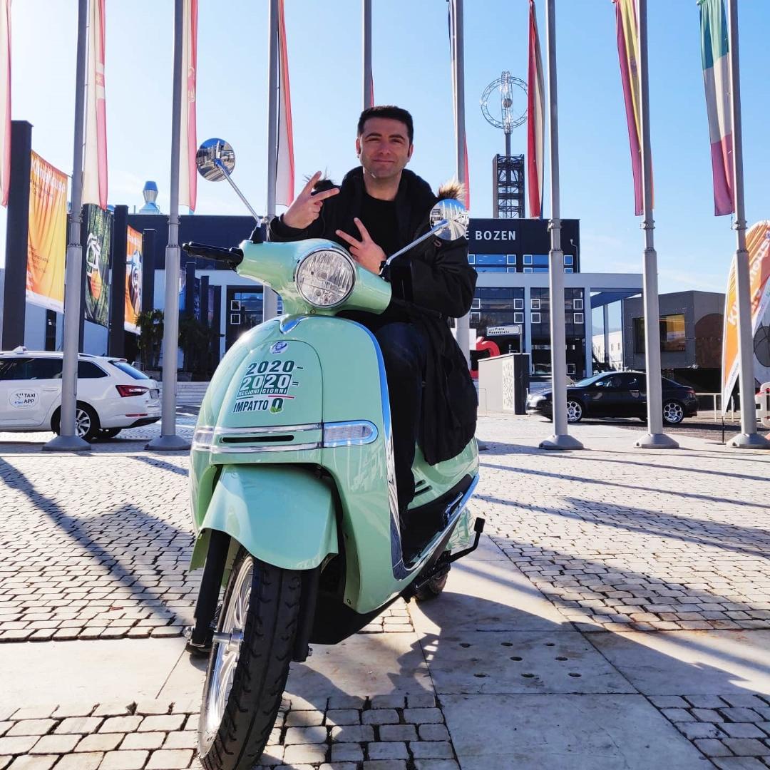 salvatore magliozzi, 20 regioni in 20 giorni, scooter elettrico