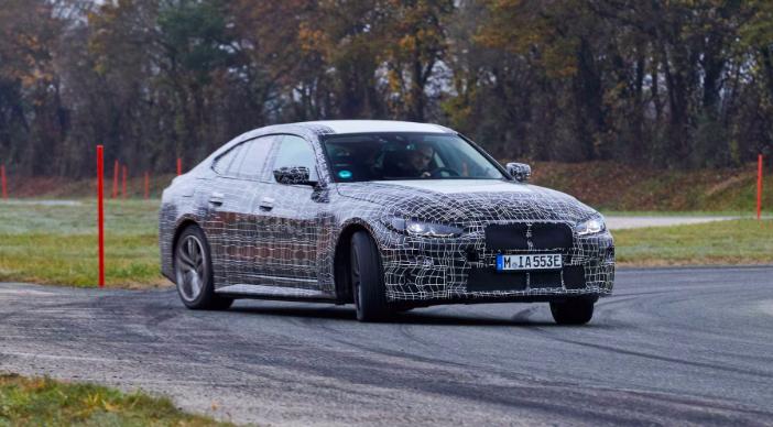 Mercedes e BMW
