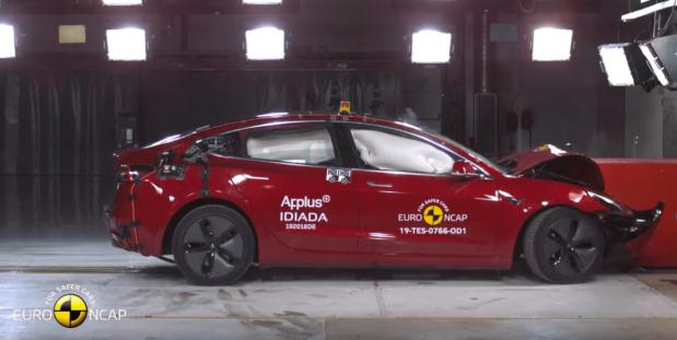 che botta per una Tesla