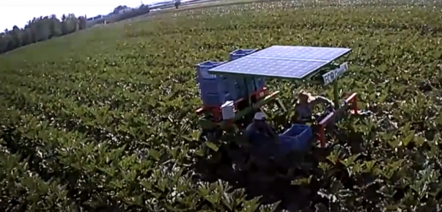 macchina agricola elettrica