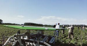 Robot agricolo autonomo e solare