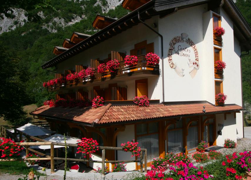 altri hotel