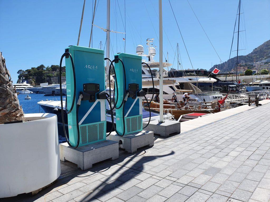 AQUA colonnine barca