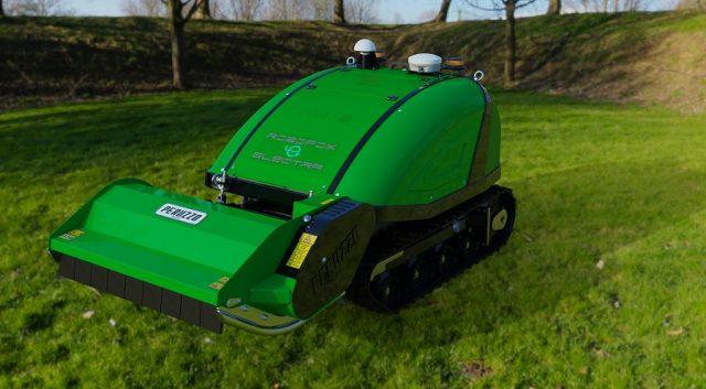robot verde agricolo