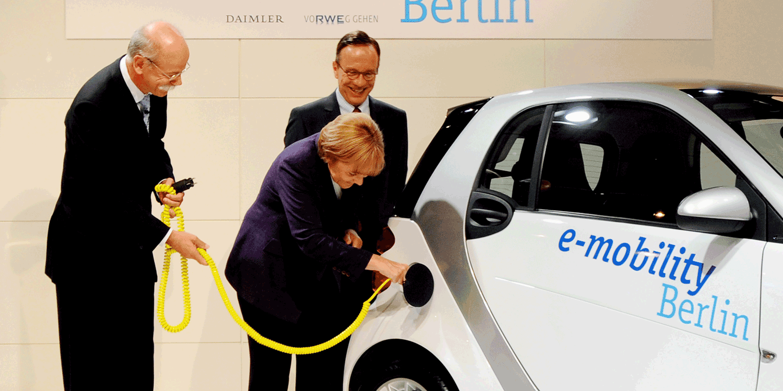 Germania, c'è il governo: accordo sulla Grande Coalizione Cdu-Spd