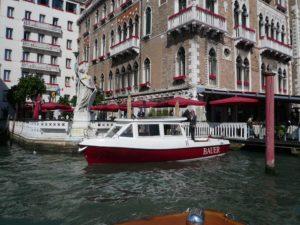 Il taxi boat a Venezia