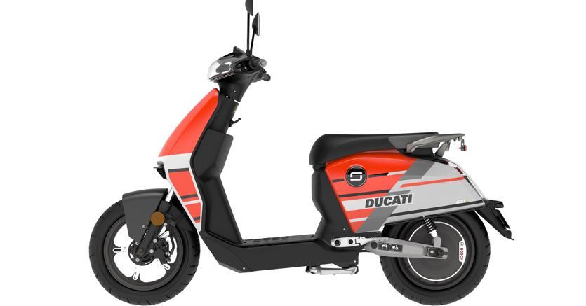 Super Soco CUx con i colori Ducati