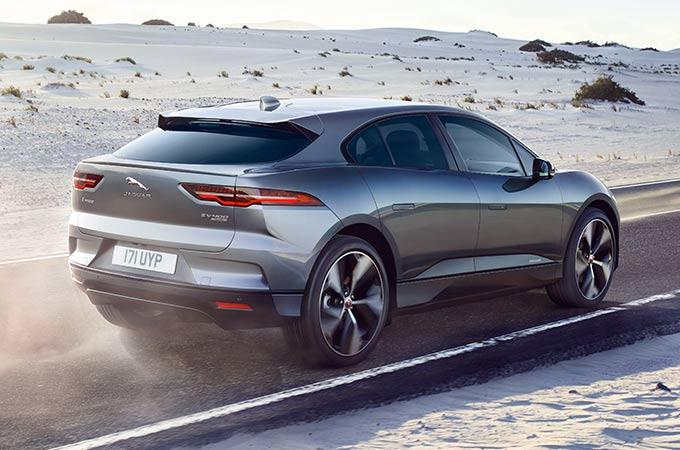 Eletta a Ginevra l'Auto dell'Anno 2019: è la Jaguar i-Pace