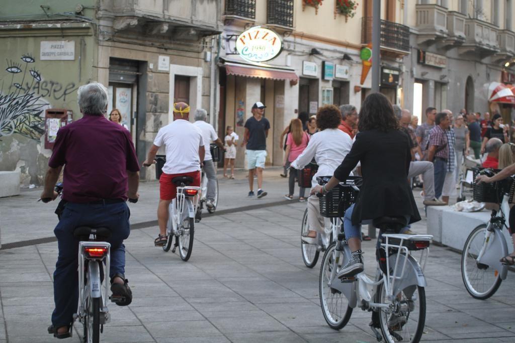 Sharing a Cagliari