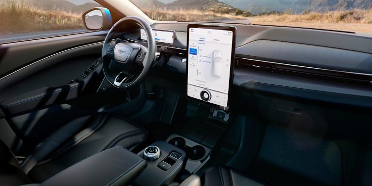 L'interno della Mustang Mach-E