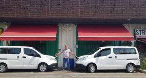 Le due Nissan, al centro Mauro Benati