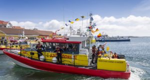 Barca soccorso a mare