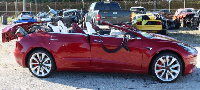 Tesla Model 3 incidente
