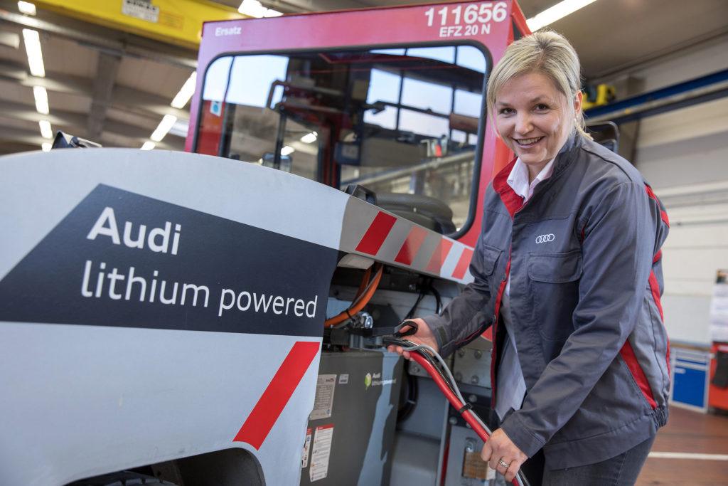 Muretto Audi con batterie al litio.