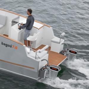 Bagou Boats in acqua