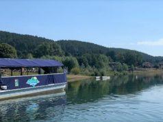 La barca e uno scorcio paesaggistico
