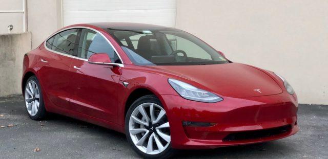 Indagine-qualità Tesla