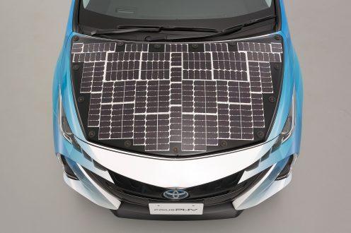Toyota solare - cofano